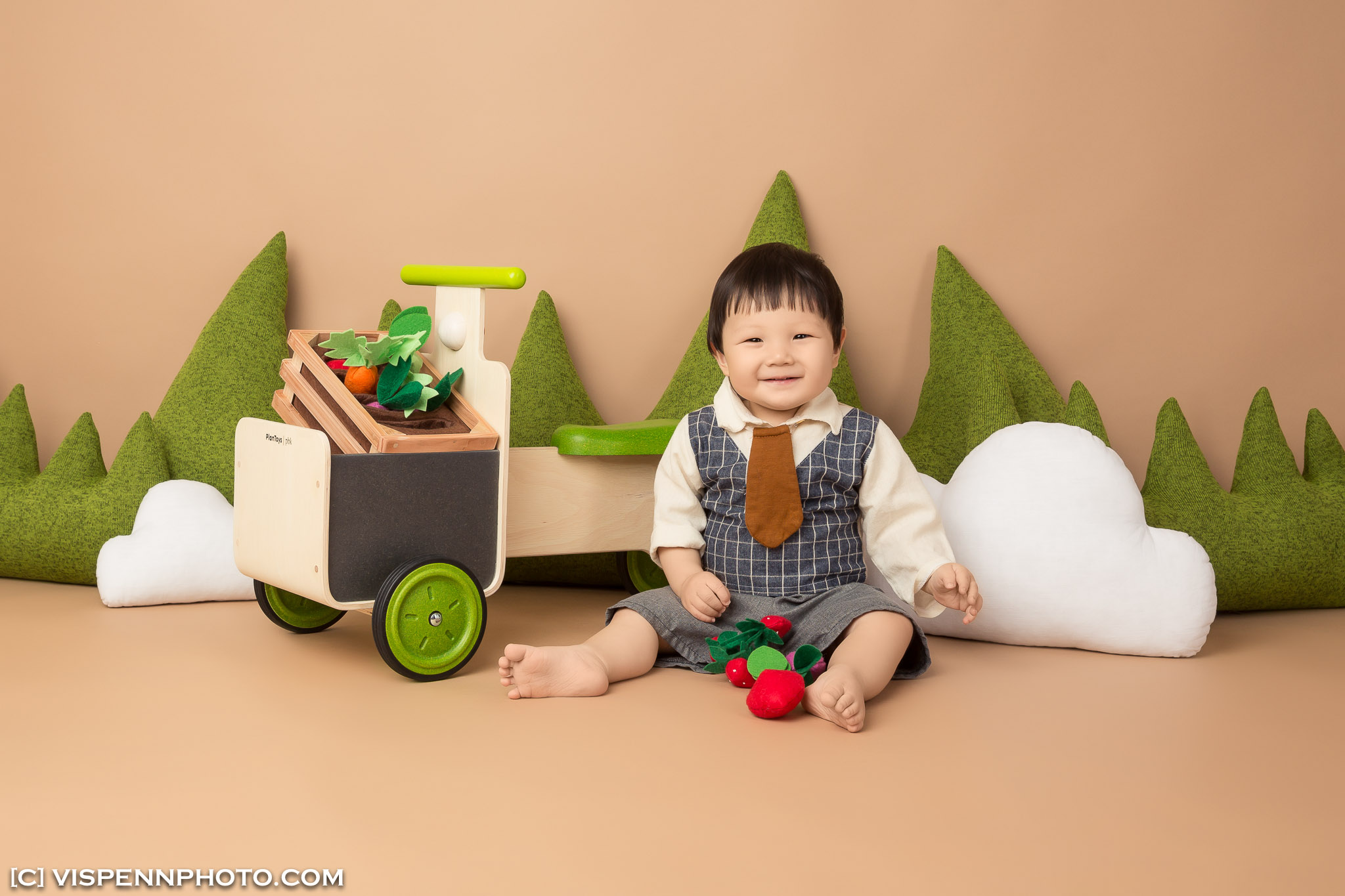 Melbourne Newborn Baby Family Photo BaoBao VISPENN 墨尔本 儿童 宝宝 百天照 满月照 孕妇照 全家福 KIDS VISPENN YanJun 1148